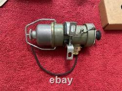NOS Stewart Warner fuel pump D-240-A Shelby Cobra Gt-40 Ford Trans Am 12 Volt