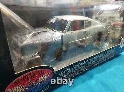Supercar Collectibles 1968 Hurst Hemi Barracuda 118 scale Highway 61 DCP NICE