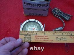 Vintage 1960's Stewart Warner green line Manifold Pressure Gauge