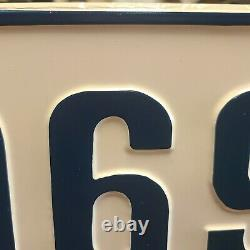 Nos 1969 Plaque D'immatriculation Concessionnaire Chevy Ford Dodge Plymouth Camaro Pace Car Mustang
